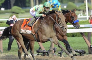 Four Star Graduate Keen Ice Wins Travers